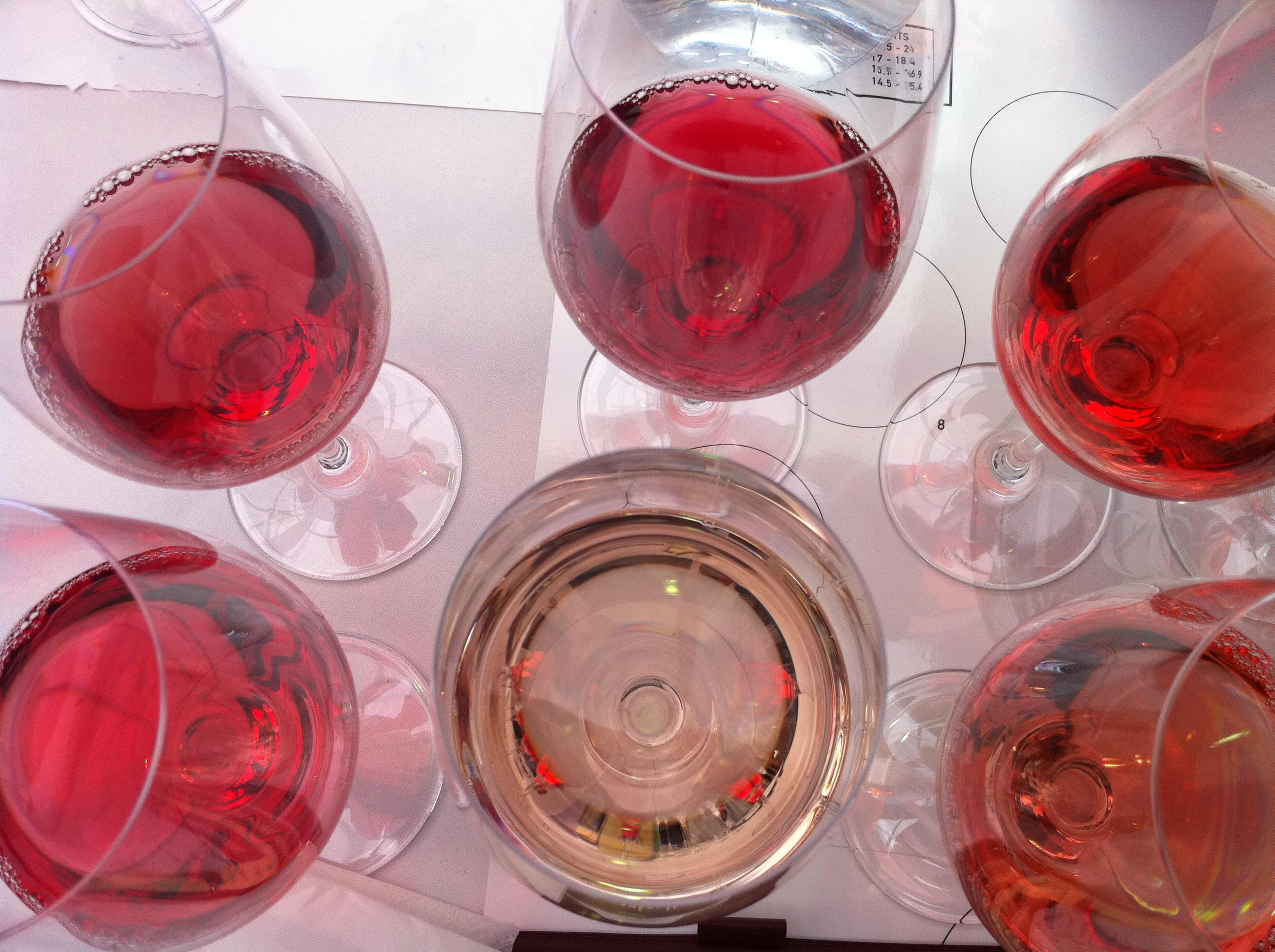 No hay quien entienda los colores del vino