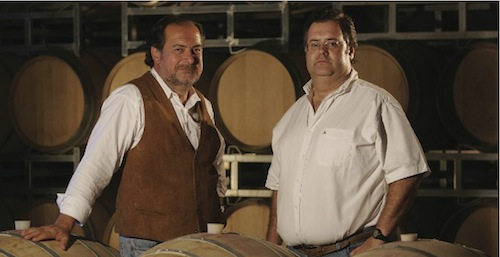 Michel Rolland les asesoró y Marcelo Miras, el enólogo, elaboraría los vinos