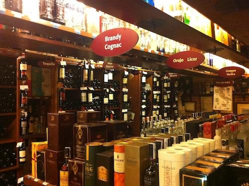 Calidad y variedad de destilados y licores